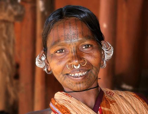 tattoo history in india - kutia kondh woman